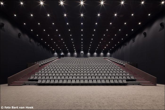 De imposante zaal 12, onze Main Stage