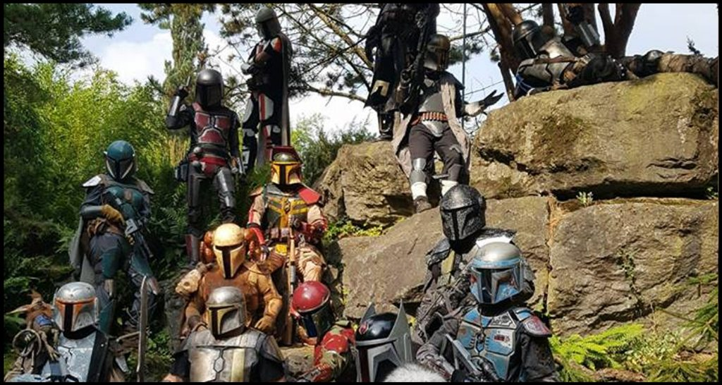 Mandalorian Mercs cosplayers